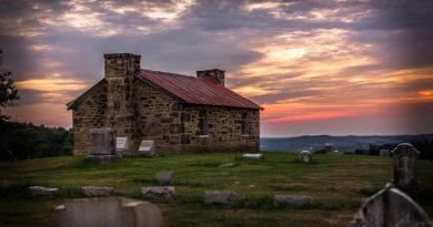 Providence Meeting House - Perryopolis Quaker Church